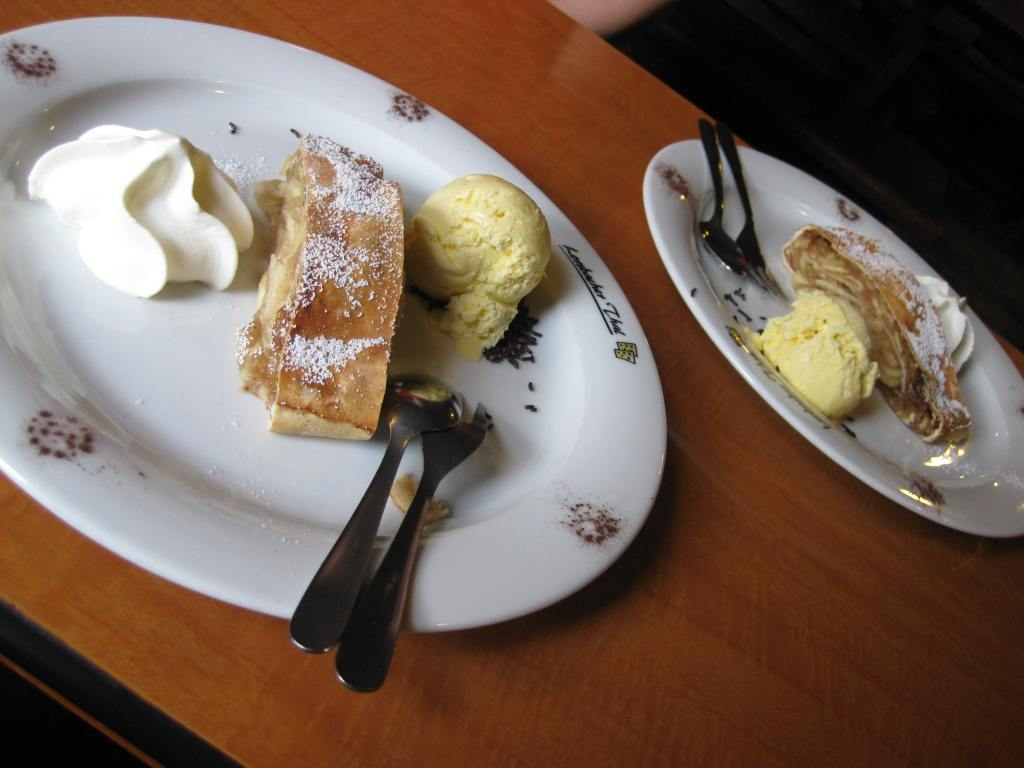 Apple Strudel at Lorsbacher Thal  beer garden, Frankfurt